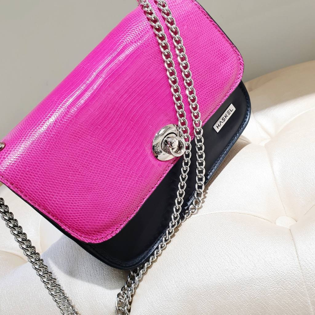 Python pink and black base